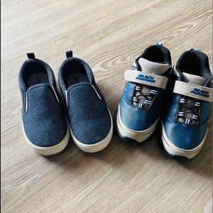 3/$15❤️Toddler Boys, 2 pairs Sneakers